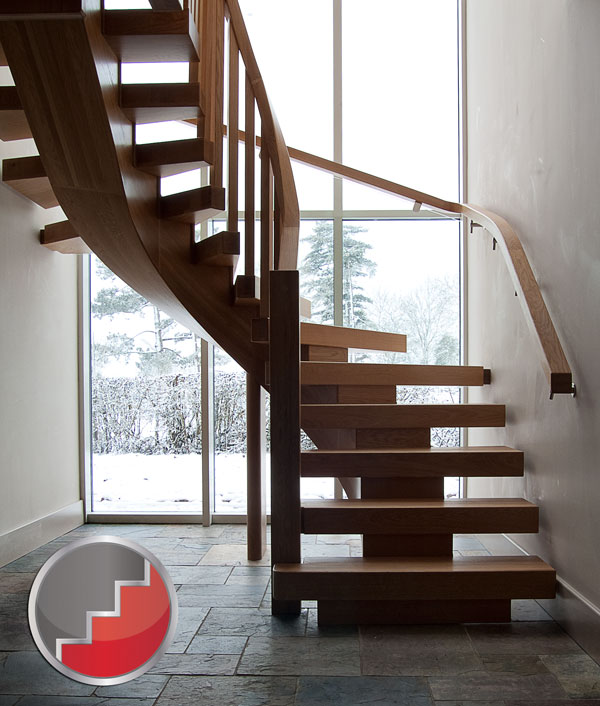 Oak X-Vision Staircase with Curved under string