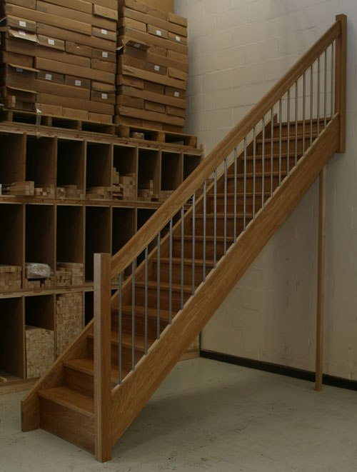 Oak Staircase with the European style handrail